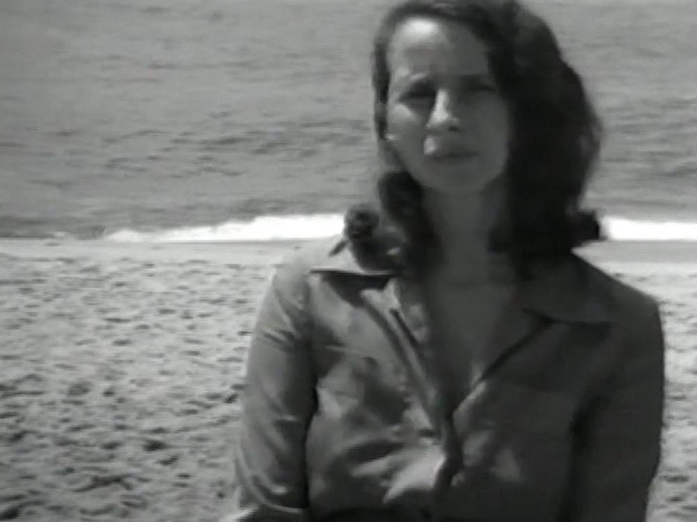 Anna Bella Geiger, Declaração em Retrato II, 1975 vídeo PB 11 min