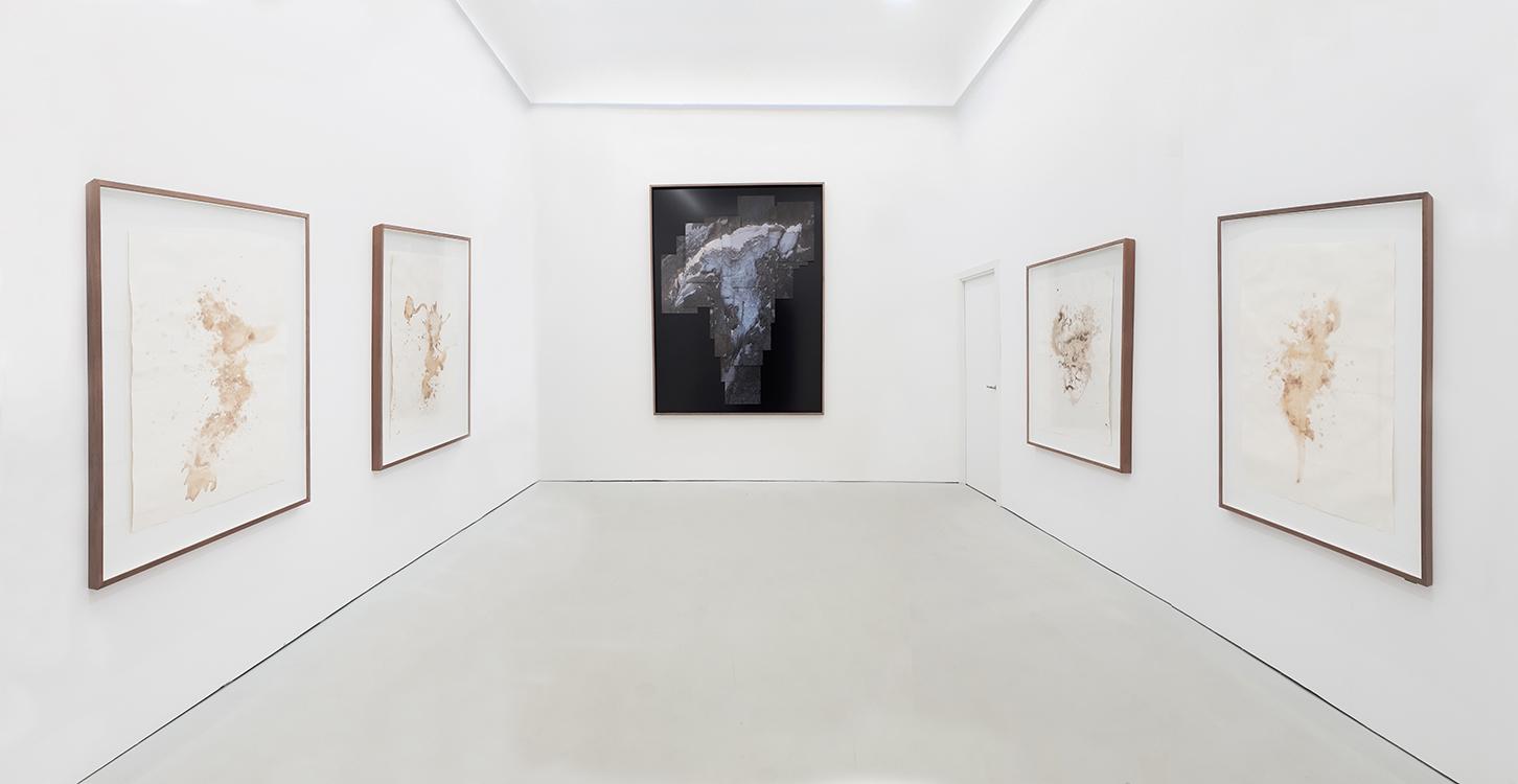 Javier Vallhonrat_Vista exposición en Aural_Madrid
