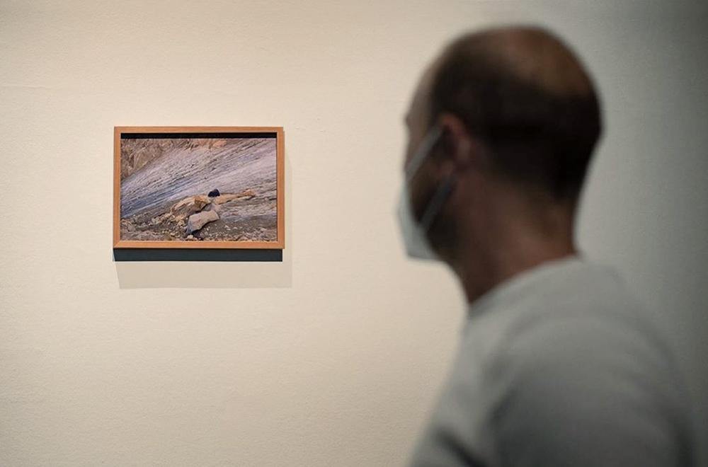 Javier Vallhonrat_Exposición_Valencia_Detalle visita